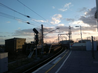 Willesden Junction at Teatime